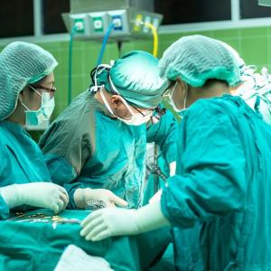 Лечение рака груди, хирургическое вмешательство, операция